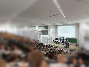 """Über 300 Teilnehmende am Seminar """"Unternehmerische Werte"""""""